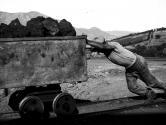 La fatica di un minatore a Campopisano foto IGEA S.p.A.